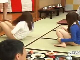 Subtitled bottomless jaapani embarrassing rühm mäng