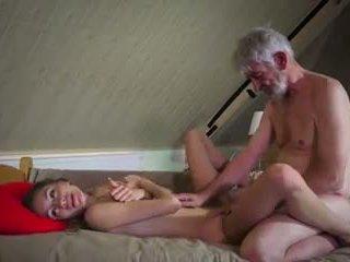 Vieux et jeune baise: vieux baise jeune porno vidéo 90