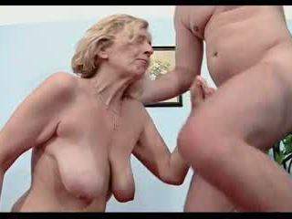 blondīnes, nobriešana, milfs