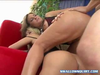 Gambar/video porno vulgar seks bertiga episodes