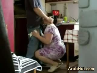 Thick amatur arab perempuan gets fucked