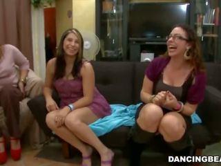 Remy's nhảy múa mang bachelorette bên fiesta với to tinh ranh male strippers