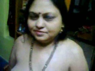 Jabalpur grande tetas bhabhi desnuda mms shows su culo vídeo