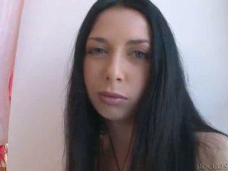La insatiable rocco siffredi fucks 3 blondes et une noir haired