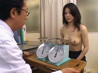 Jepang av model cute kantor prawan
