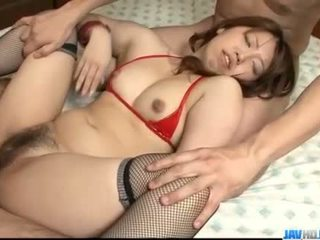 Obedient ai ootomo goes 아래로 에 two 큰 cocks