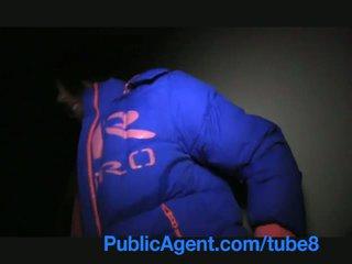 Publicagent anita shows ma ju zadok potom bends cez a gets fucked pre hotovosť