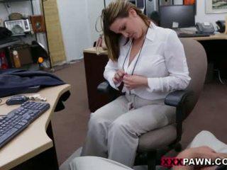 Booby affari signora banged da pawn dude