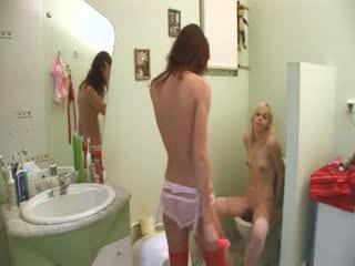 Spanish serious dildo testing on toilet