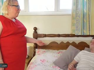 Agedlove ناضج المرأة الجميلة كبيرة lexie مارس الجنس بواسطة sam bourne: عالية الوضوح الاباحية 2f