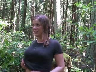 Cheerleaderin sisään the woods