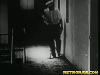 हॉर्नी janitor