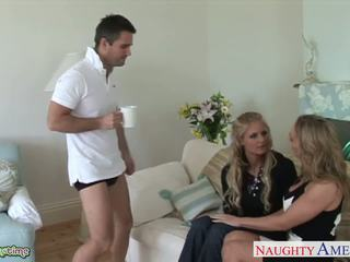 more blowjobs, blondes, mugt threesomes