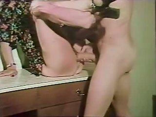 morena, sexo oral, sexo en grupo
