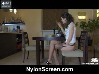 Agatha connor रोंची नाइलॉन कार्रवाई