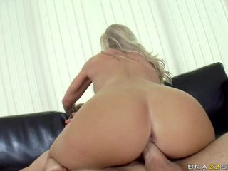 Extraordinary Busty Blonde Sweetheart Britney Brooks Acquires Her Face And Tits Fucked