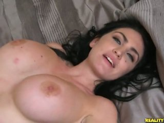Brilliant Bigtitted Aged London Jolie
