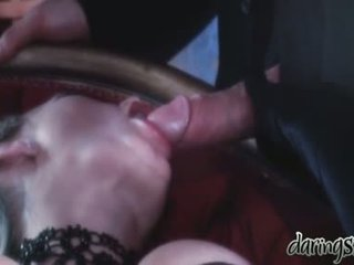 Seks gadis vidoes ketika sebuah orang kiss mereka di dia mulut