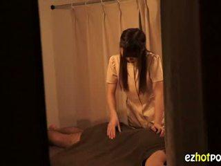 Ezhotporn.com - 娇小 japanaese 懒妇 looks 为 性别