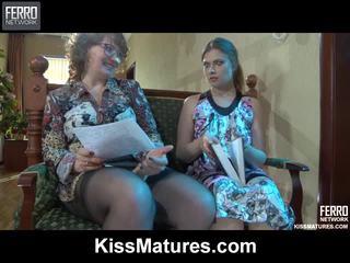 Flo&alana pussyloving मोम onto वीडियो