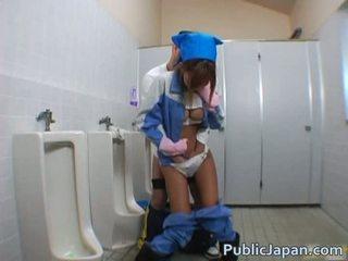 Aasia suhuvõtmine sisse avalik