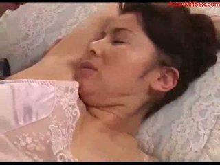 Cycate mamuśka z tied arms licked fingered stimualted z do