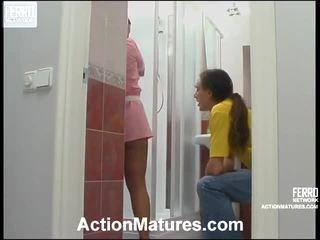 porno mergina ir vyrai lovoje, porn in and out action, brandaus pornografija