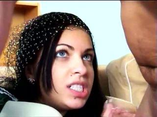 22 yr iranian وقحة gets مارس الجنس, حر المتشددين الاباحية فيديو 8b