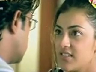 Telugu aktore kajol agarwal tregon gjinj