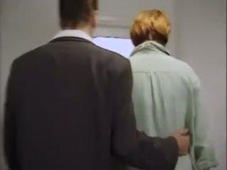 Nemecké vyzreté milfka kira červený anál - assfucked