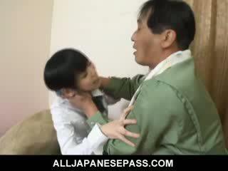 Minami asaka kedves ázsiai guminő plays -val neki nagy vegetables
