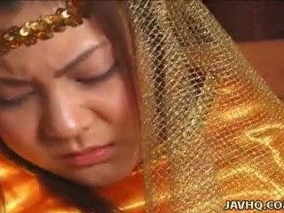 Poco precious asiática princesa follada por su prince.