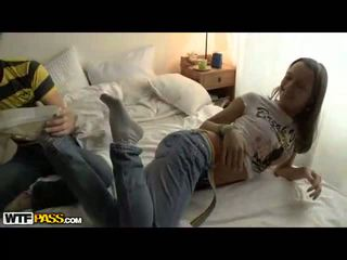 드릴링 하이틴 음모, 십대 포르노 동영상, 매춘부