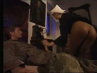 Solider knull het nuns video-