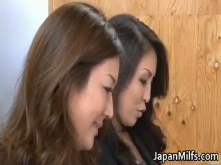Arrapato giapponese milfs succhiare e scopata part6