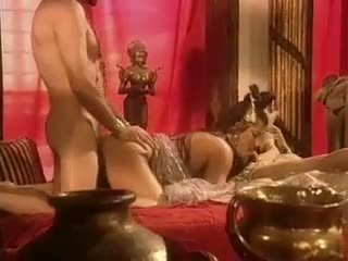 Holly trup has seks në egypt