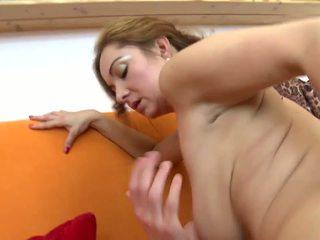 Pārsteidzošās pieauguša nav māte fucks viņai jauns lover: hd porno 5b