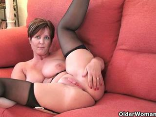 Top 3 British grannies on XHamster