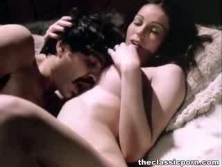 إباحية, سخيف, العضو التناسلي النسوي