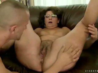 Močiutė loves jos senas boyfriend