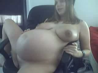 Young 9 months ngandhut in ireng undies teasing on cam