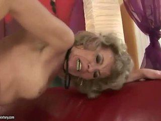 Viejo rubia appreciates enorme sexo