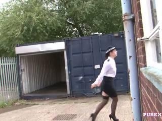Pure xxx films follando un pechugona policía mujer para no multa