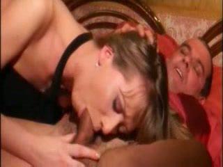 Küçücük göğüsler seksi kızıl saçlı ipek çok hardly içinde anne ile stranger