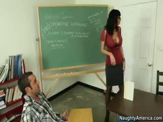 morena, big boobs, nylon