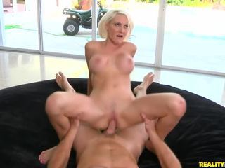 cougar, mom i would like to fuck, milf