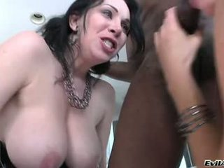 India summers and rayveness saýlaş with one rod
