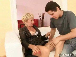 Grandmother порно компилация