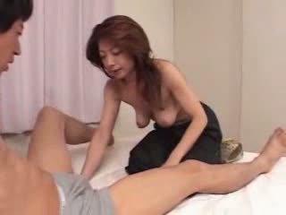 Japonais mature est faim pour sexe vidéo