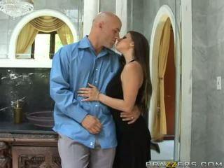 तीन super सेक्सी टीन बस्टी ब्रुनेट पत्नी preparing के लिए swap